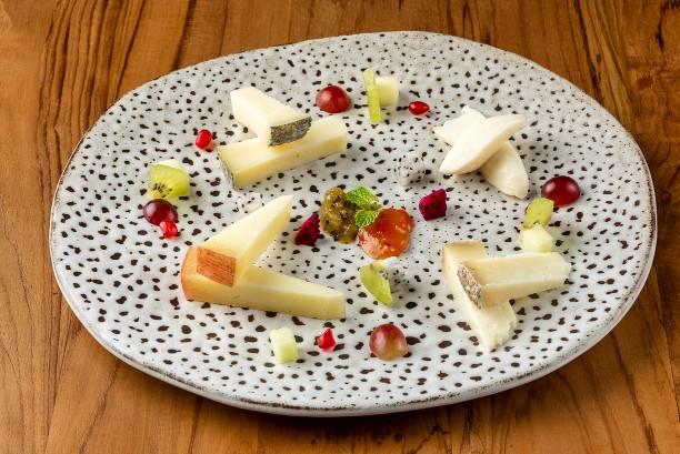 cheese-grocery-store-bangkok_nonna-nella-by-lenzi